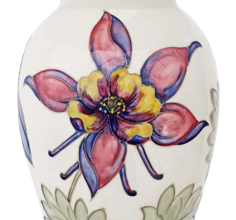Ceramic Moorcroft table lamp with shade-prior-willis-antiques-4504-6-main-636823146429806861.jpg