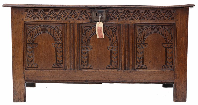 Georgian carved oak coffer -prior-willis-antiques-7014 1-main-636788505943989171.jpg