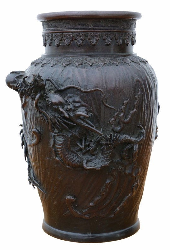 Antique quality Japanese bronze vase-prior-willis-antiques-7496-1-main-637070840390296100.jpg