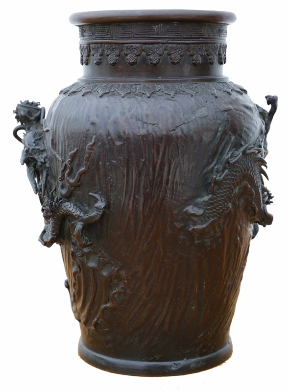 Antique quality Japanese bronze vase-prior-willis-antiques-7496-2-main-637070840486545533.jpg