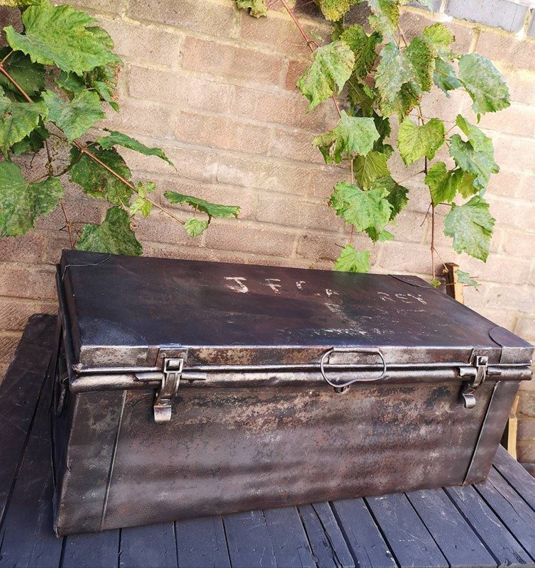 1940s British Made Metal Ammunitions Trunk -rag-bone-bros-il_fullxfull.1707140687_q9s3-main-636778047292715052.jpg