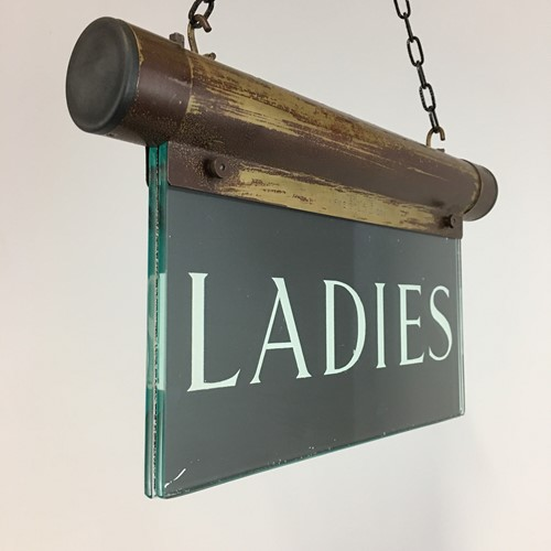 Illuminated Sign – Ladies