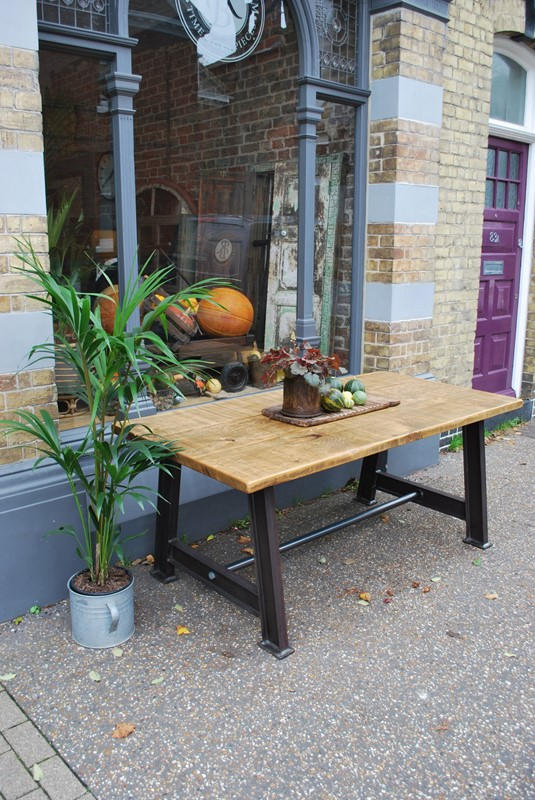 Bespoke Industrial Table-reginald-ballum--DSC_0265-main-636754620634593548.JPG