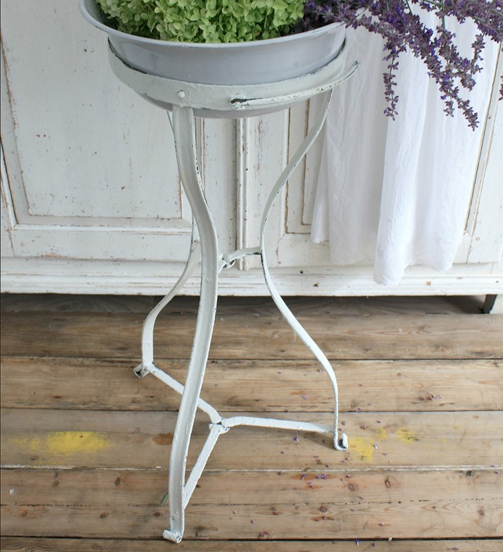 White French vintage metal washstand and bowl-restored-2-b-loved-img-1442-main-637006911924963254.JPG