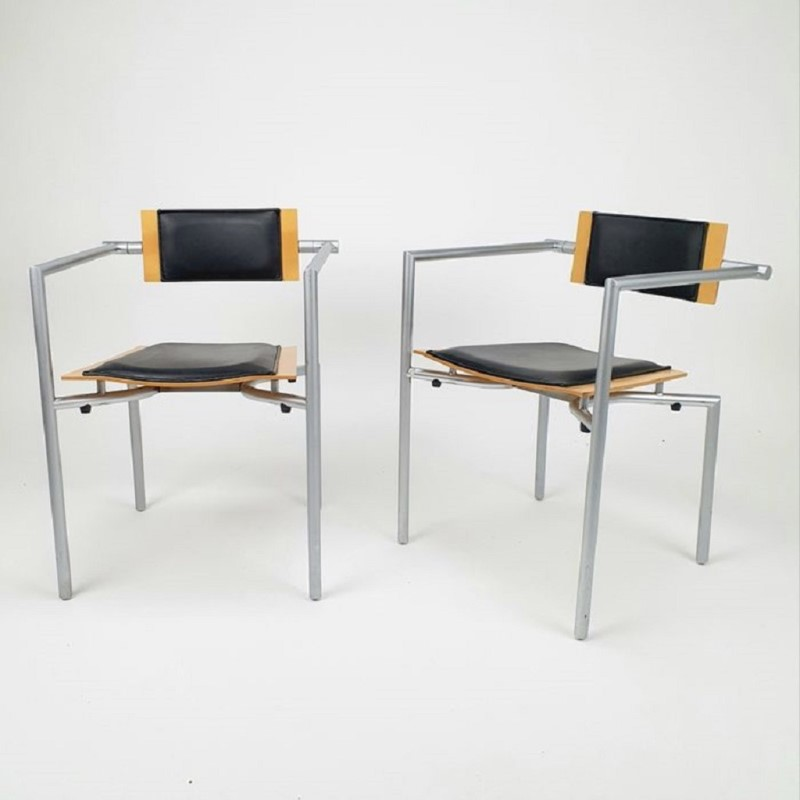 2 Luxurious desk chairs from the Brand Thonet.-ridding-wynn-5576f8c9-7816-4d3c-9aa4-586bcc6c067c-main-637334716745382027.jpg