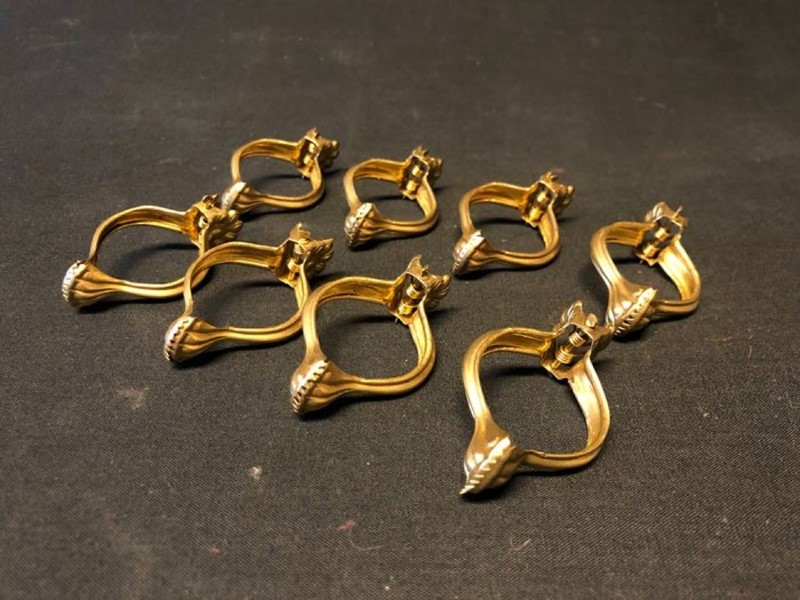 Eight Victorian Curtain clips-ridding-wynn-7afced1d-8e9b-41e9-8bf0-5d47673db4b0-main-637419942854056284.jpg