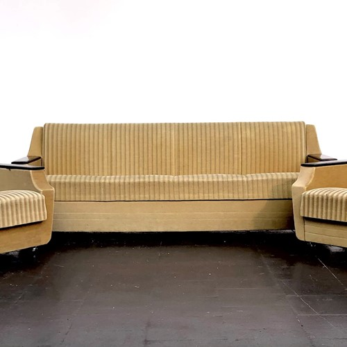 Classic 1960's streamline shaped Pinzon sofa set