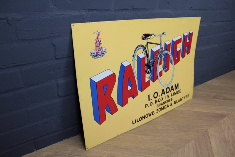 Raleigh Advertisement Signage-robinscroft-interiors-15-5-main-636815244417628488.JPG