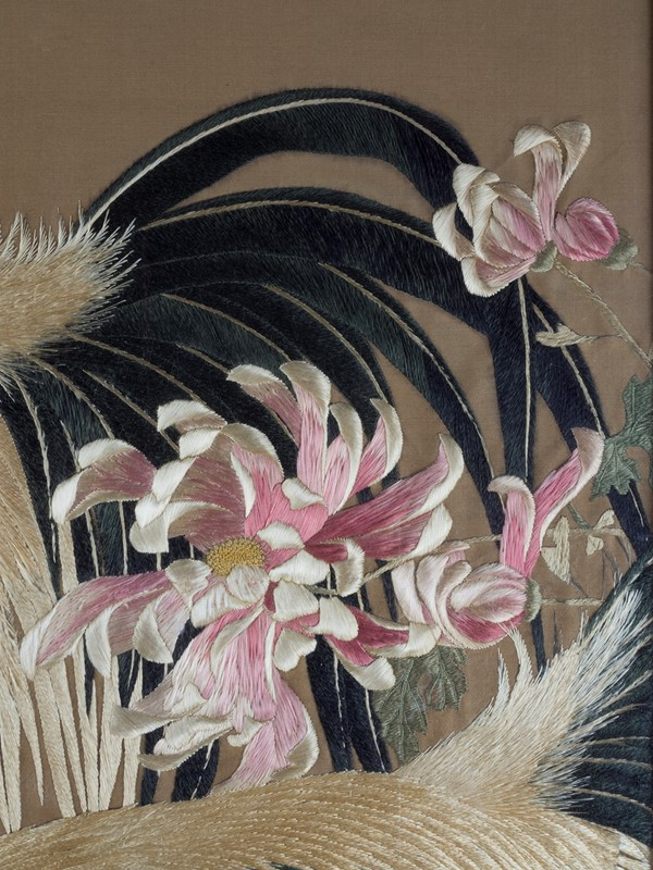 Exceptional Framed Meiji Embroidery-roche-coward-antiques-japanese-meiji-embroidery-chickens-00004-main-637267722874435567.jpg