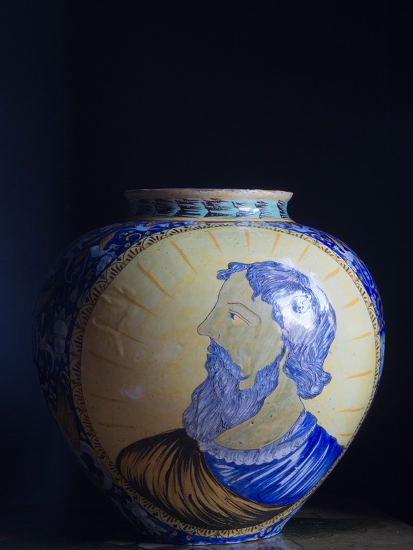 Large Italian Maiolica Vase 19th Century-roche-coward-antiques-maiolica-portrait-vase-19th-century-00004-main-637109049444337829.jpg