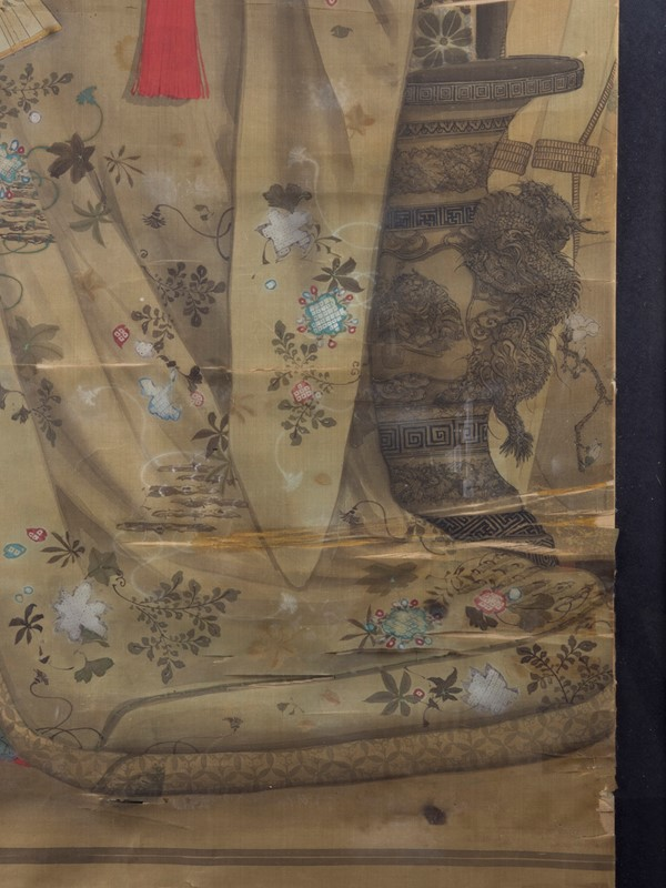 19th Century Full length Japanese Portrait on Silk-roche-coward-antiques-meiji-japanese-full-length-silk-portrait-00006-main-637209913106598213.jpg