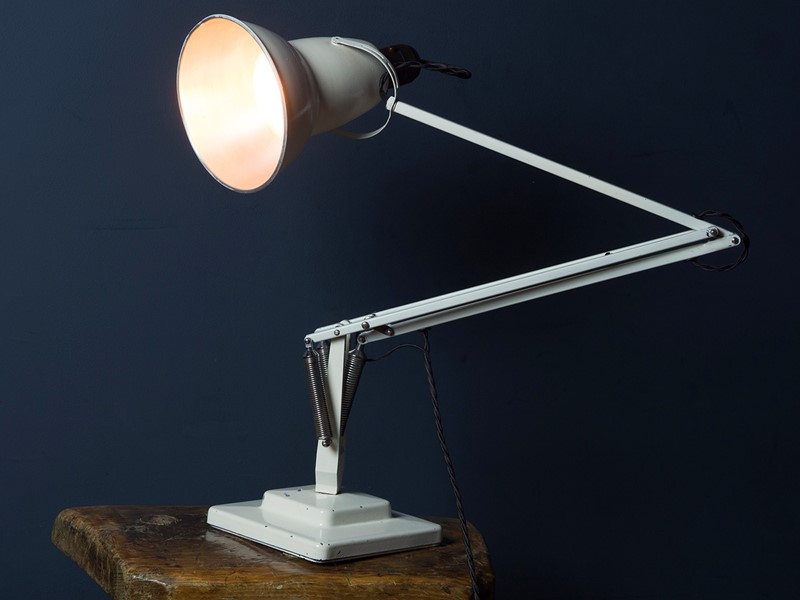 1950's 1227 Anglepoise Lamp in White-roche-coward-antiques-white-anglepoise-1227-01-main-636872923441296904.jpg