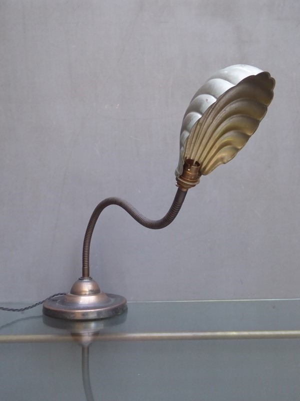 Early Clam Shell Gooseneck Desk Lamp-room-8-interiors-p1550705-main-636820247476894617.JPG