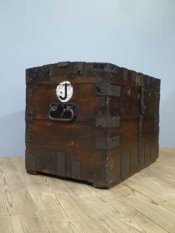 Early 19th Century Oak Silver Chest-room-8-interiors-p1600724-main-636961073416068570.JPG