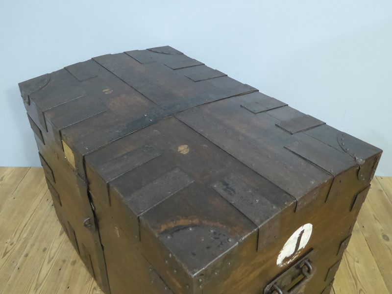 Early 19th Century Oak Silver Chest-room-8-interiors-p1600750-main-636961073788887171.JPG