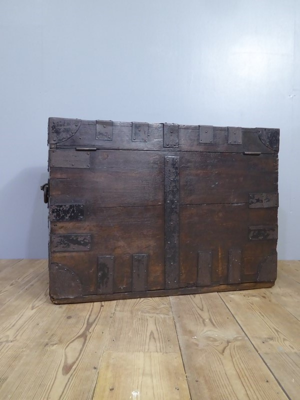 Early 19th Century Oak Silver Chest-room-8-interiors-p1600753-main-636961074685458347.JPG