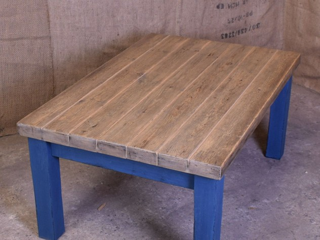 Painted Reclaimed Plank Coffee Table-saxongate-DSC_4006_main_636505642831478316.JPG