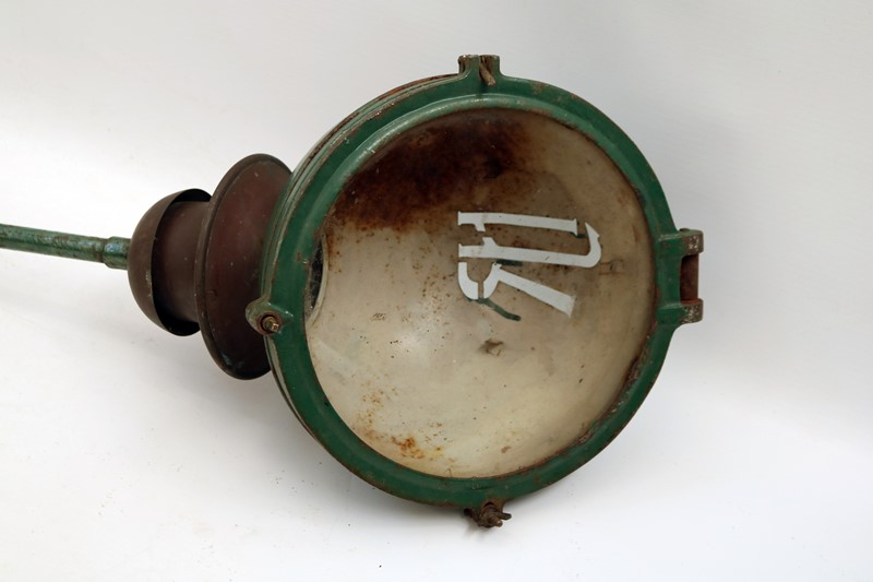 Industrial Light Fitting-taylor-s-classics-ACC 00302-2-main-636783224376420820.jpg