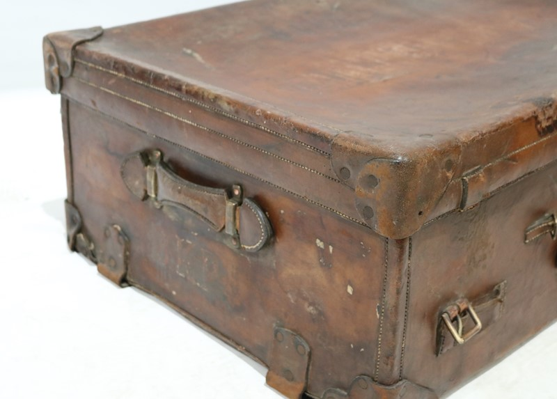 Selection of Assorted Vintage Suitcases-taylor-s-classics-acc-05845-3-main-637002530423833652.jpg