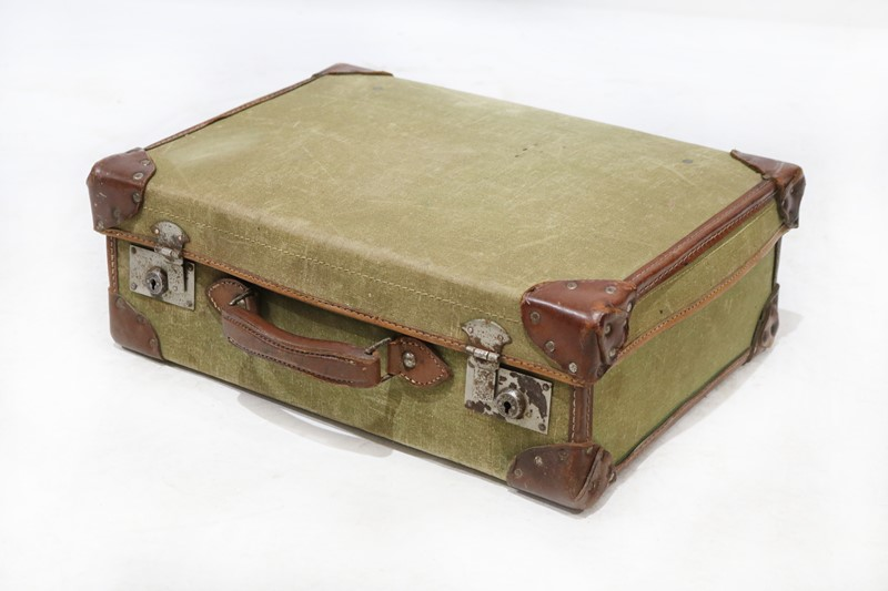 Selection of Assorted Vintage Suitcases-taylor-s-classics-acc-05845-5-main-637002530472583857.jpg