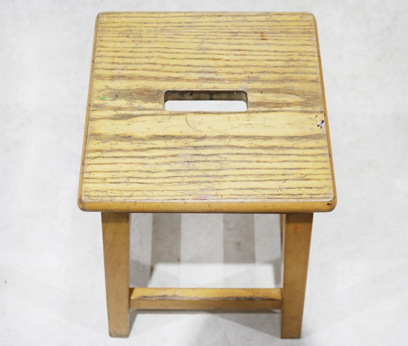 A Set of 22 Ex-School / Lab Stools-taylor-s-classics-img-3678-main-637032913634531121.jpg