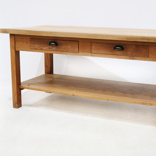 Very Fine Quality Oak Serving/ Drapers Table