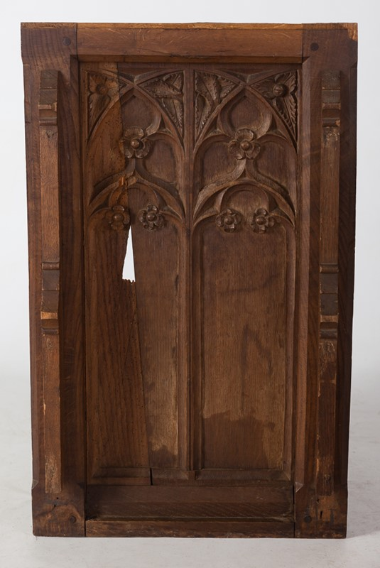 Selection of Early 18th Century Gothic Oak Panels-taylor-s-classics-tab-08771-08773-08774-14-main-637439018183539594.jpg