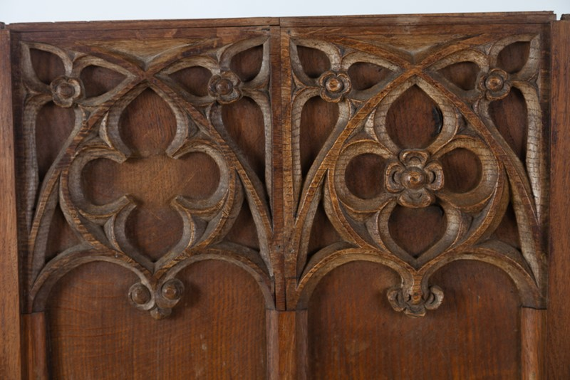 Selection of Early 18th Century Gothic Oak Panels-taylor-s-classics-tab-08771-08773-08774-9-main-637439018165726809.jpg