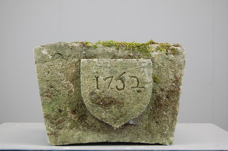 Carved 18th Century Limestone Keystone-the-home-bothy-dsc-0172-main-637026013919454627.JPG