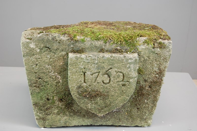 Carved 18th Century Limestone Keystone-the-home-bothy-dsc-0175-main-637026013899610019.JPG