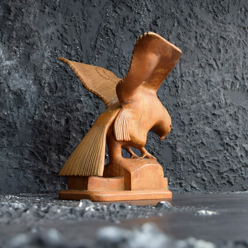 Self Taught Carved Bird Figure-the-house-of-antiques-dsc-0436-main-637044242320618740.jpg