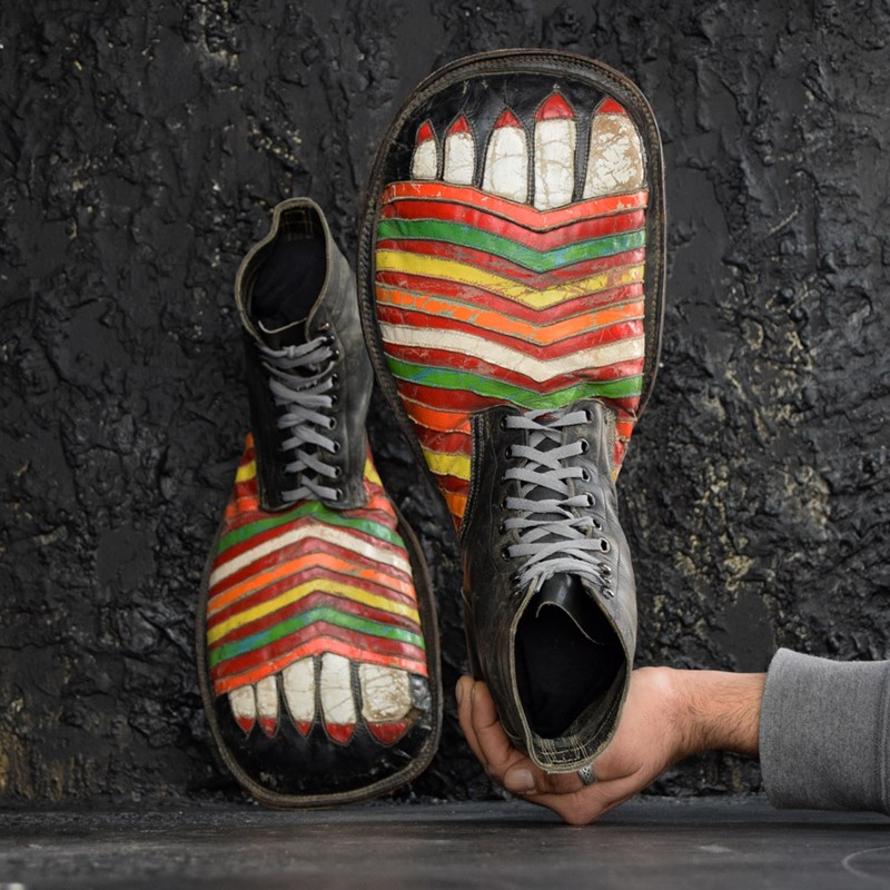 Amazing clown shoes -the-house-of-antiques-dsc-0854-main-637503922700101410.jpg