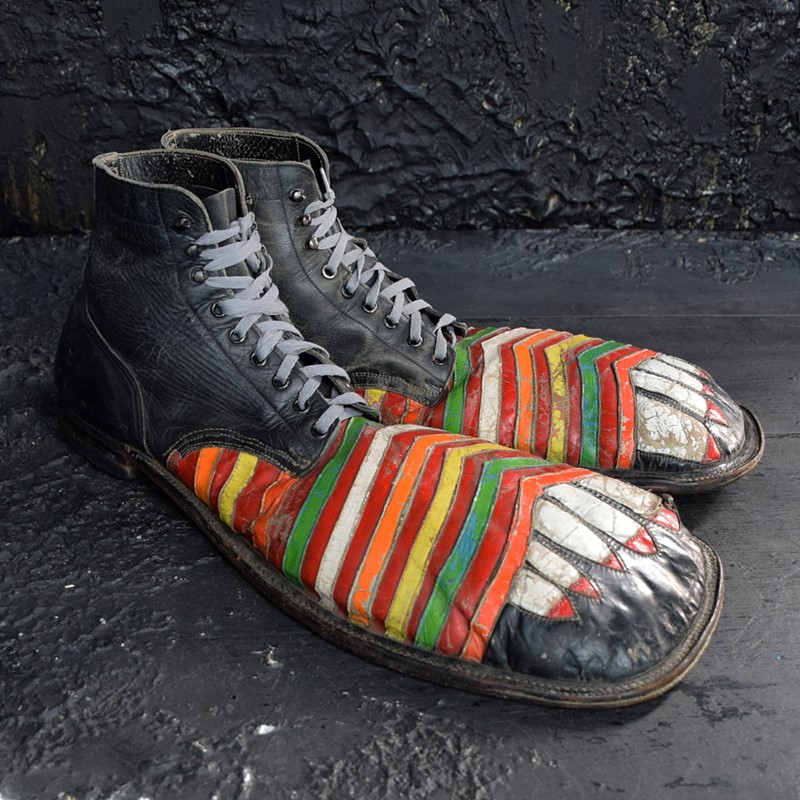 Amazing clown shoes -the-house-of-antiques-dsc-0891-main-637503922735726956.jpg