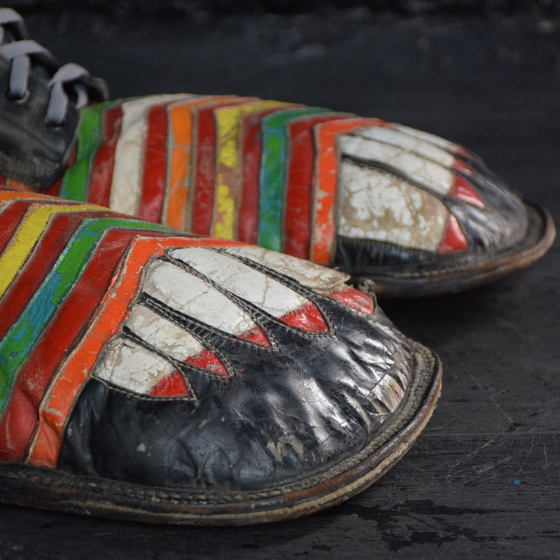 Amazing clown shoes -the-house-of-antiques-dsc-0895-main-637503922746508943.jpg