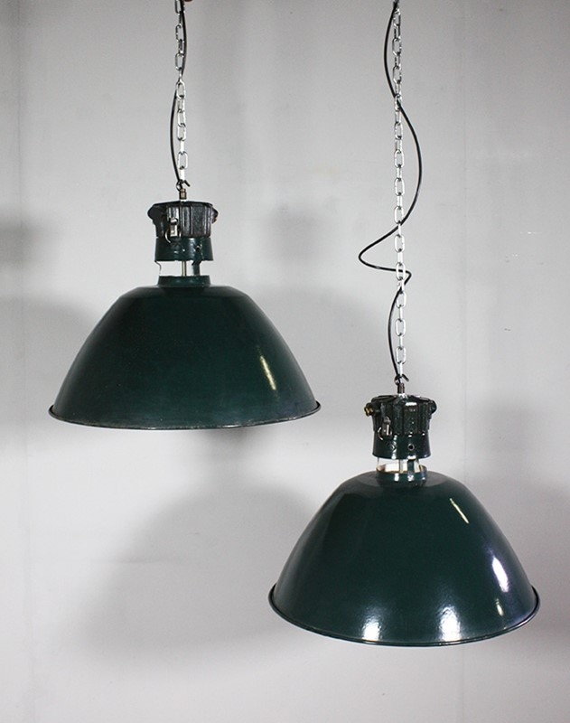 French Green Pendant lights-turner--cox-img-tc-green-012359-main-637099342707253373.jpg