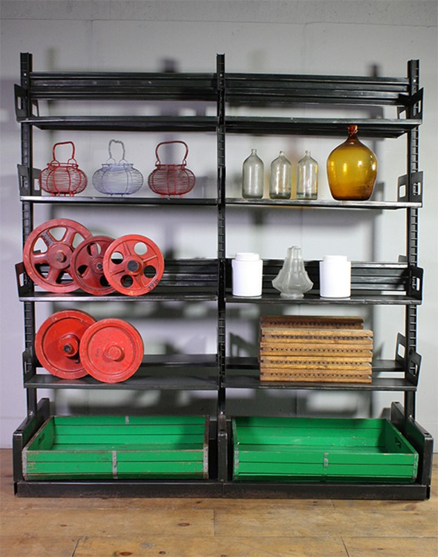 Metal Shelving-turner--cox-img-tc-shelf-032618-main-637254915118045485.jpg