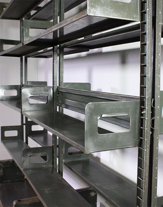 Metal Shelving-turner--cox-img-tc-shelf-072588-main-637254915449605741.jpg