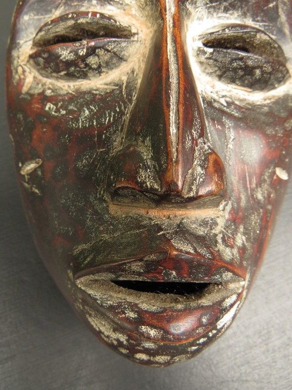 African Tribal Mask with ceremonial scarification-vintage-house-img-2710-main-636999012955053095.JPG