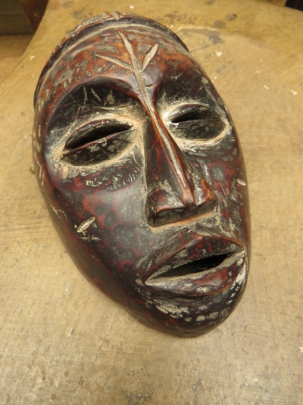 African Tribal Mask with ceremonial scarification-vintage-house-img-2723-main-636999013040833726.JPG