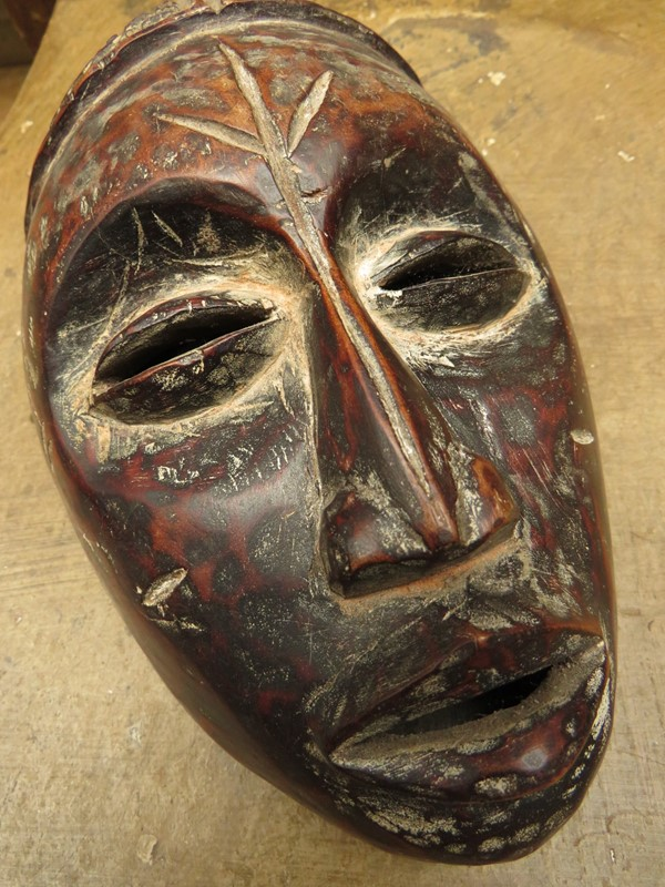 African Tribal Mask with ceremonial scarification-vintage-house-img-2724-main-636999013051458772.JPG