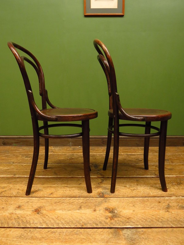 Antique bentwood chairs no14 by mundus & jj kohn-vintage-house-img-5099-main-637276416370379558.JPG