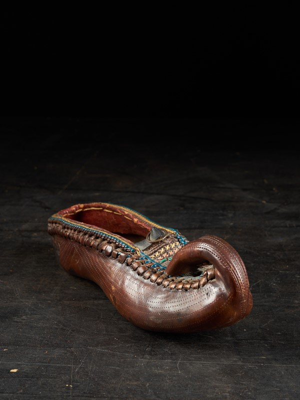 19th C Ethnic Leather decorated Woman's Shoe -vintagerious-001830-04-2mb-main-637284516471777014.jpg
