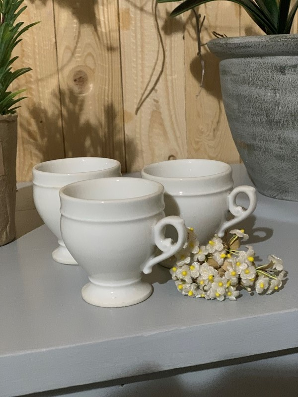 Pot au Creme -west-barn-country-interiors--351c62fe-3321-462f-a9c8-344aa07a3651-main-636837662996274736.jpeg