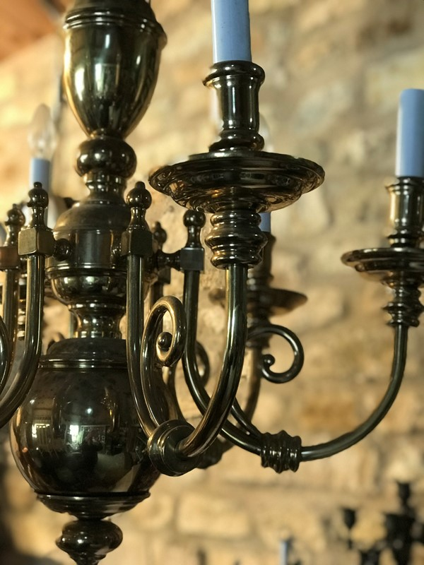 Brass chandelier-west-barn-country-interiors--89600BE0-6474-4F12-A341-F4E49735209E-main-636777800936834256.jpeg