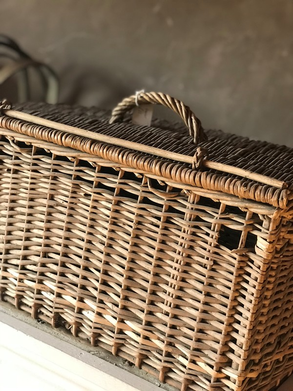 French baskets-west-barn-country-interiors--BB009F68-9C26-4184-9E7E-0B3F29ACCB5D-main-636711529754671459.jpeg