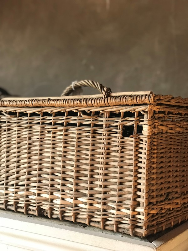 French baskets-west-barn-country-interiors--DED6F251-7C14-4317-ACA6-F828E7435B2F-main-636711529291171691.jpeg