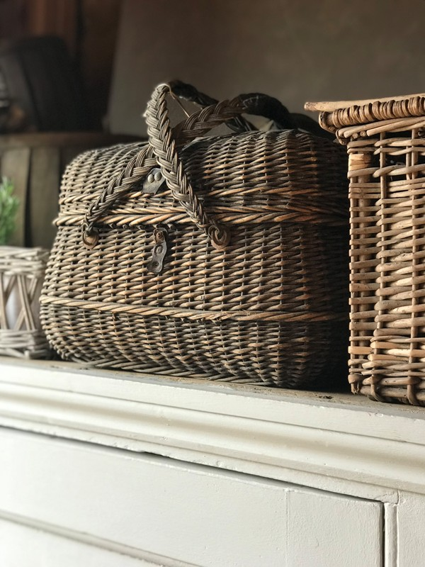 French baskets-west-barn-country-interiors--F1FE14AC-94ED-4D7B-846D-0C365B4C0D27-main-636711529674951371.jpeg