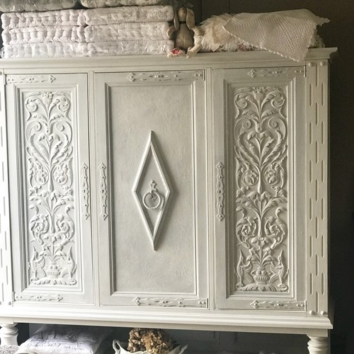 French bookcase/cupboard/linen press