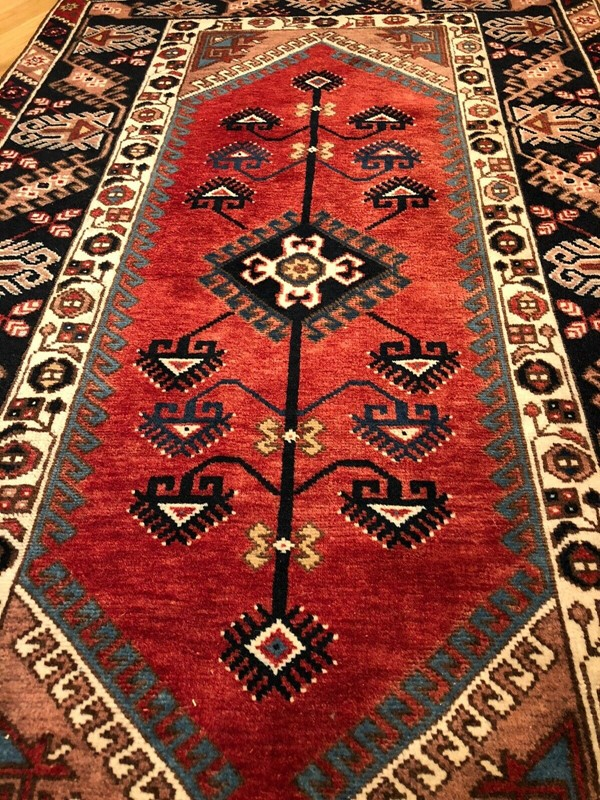 vintage country house Persian rug-windmill-hill-antiques-s-l1600---2020-03-21t185559956-main-637204139480219470.jpg